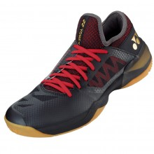 Yonex PC Comfort Z2 Black Red Men 2020