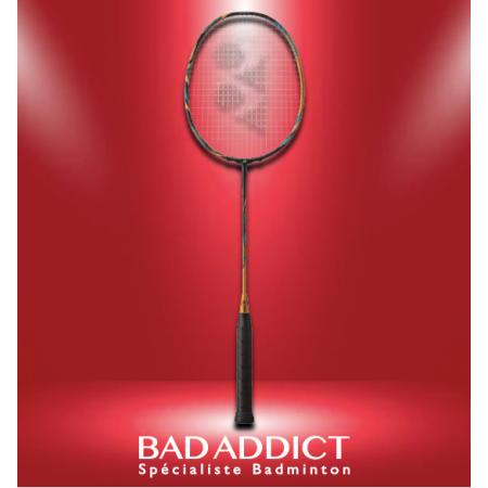 http://badaddict.fr/4145-thickbox/raquette-de-badminton-yonex-astrox-88d-pro-4u5-non-cordee.jpg